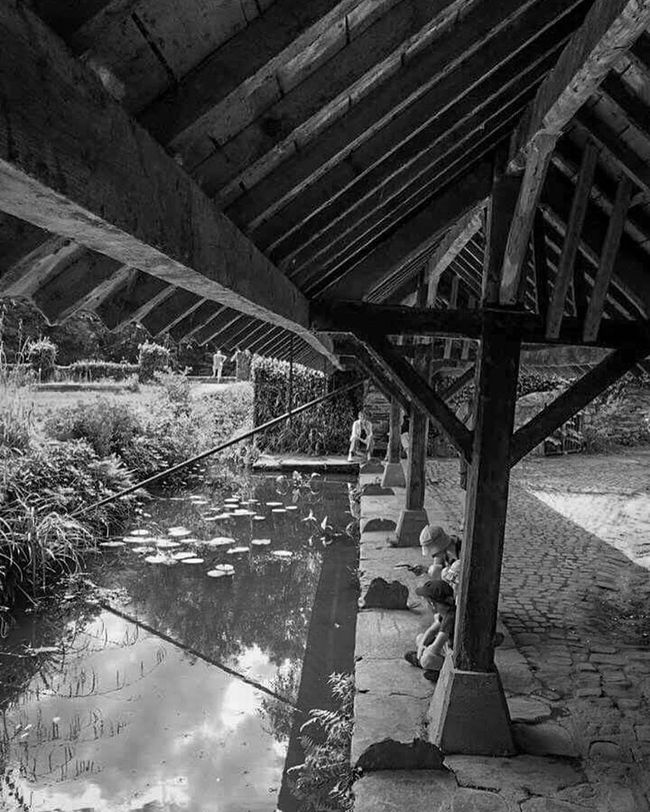 Lavoir Plus Beau Village De France Bretagne France Zen Good Times Moment Walking Around Rochefort En Terre Noir Et Blanc Blackandwhite With My Love Love