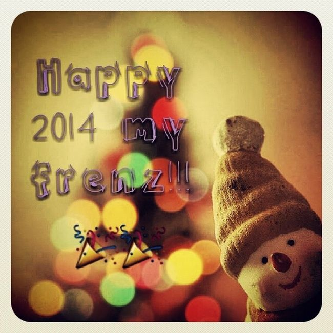 Let's welcome this new year with an open arms! Have a great year ahead. NewYear Newchapter Newbegining NewStory happy2014peepscountingdownmfarokomarI♥U