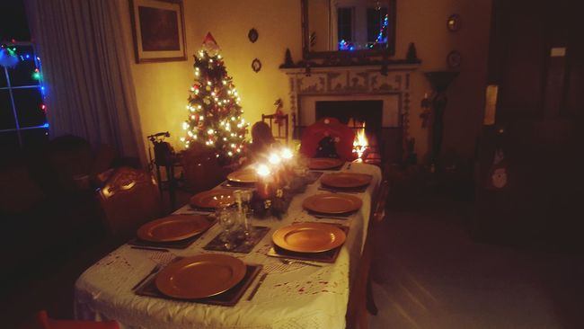 Christmastime Dinner Time Diningroom First Eyeem Photo