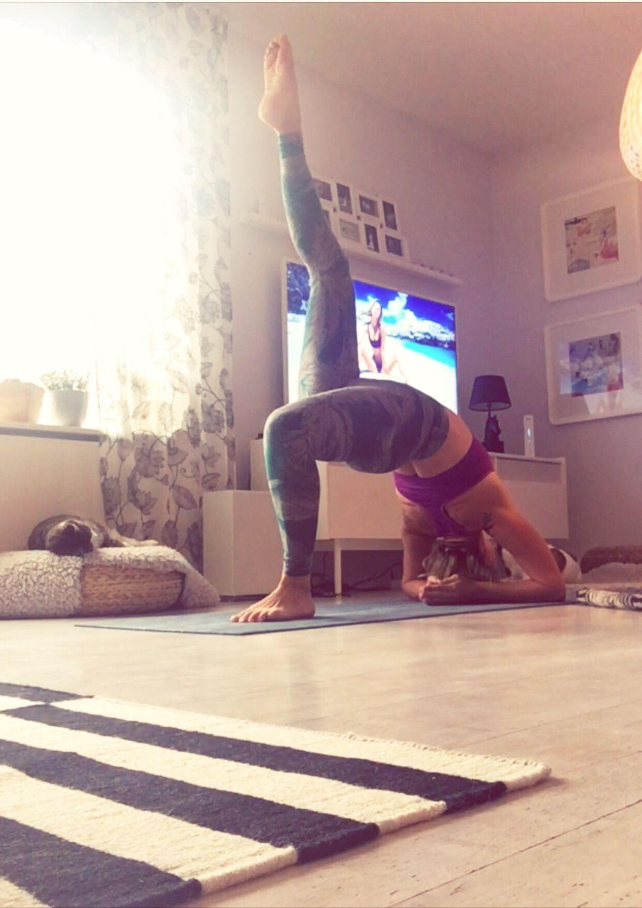 Sweden Selfie ✌ Eyemselfie Yogainspiration Practiceandalliscoming Yogaeverydamnday Yogini Rawbeauty