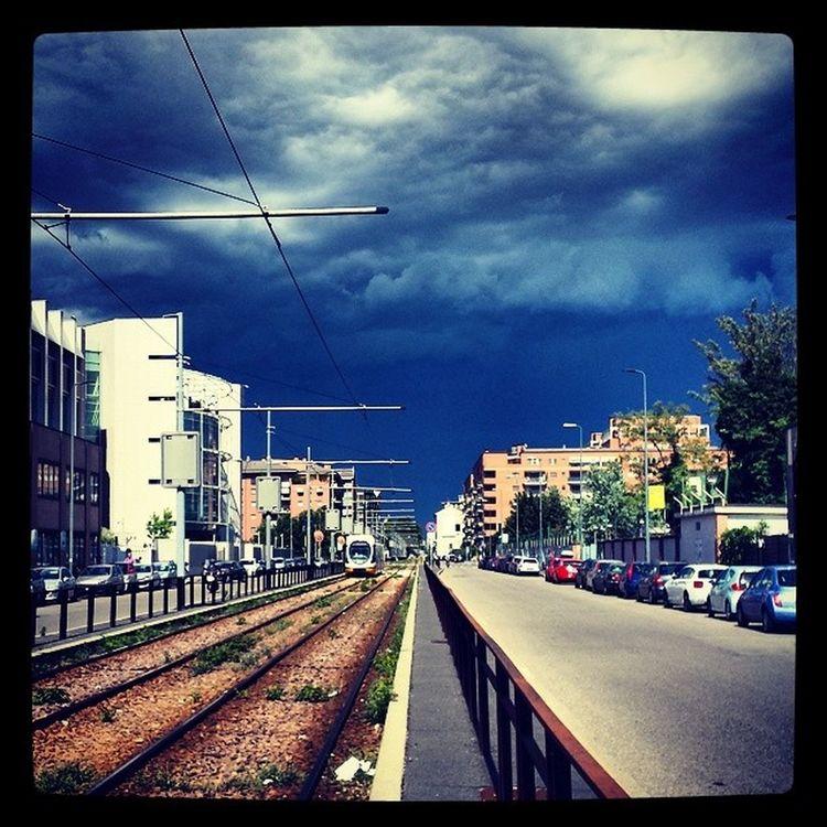 Milano Viagonin Stormiscoming Dundas Dundascafe