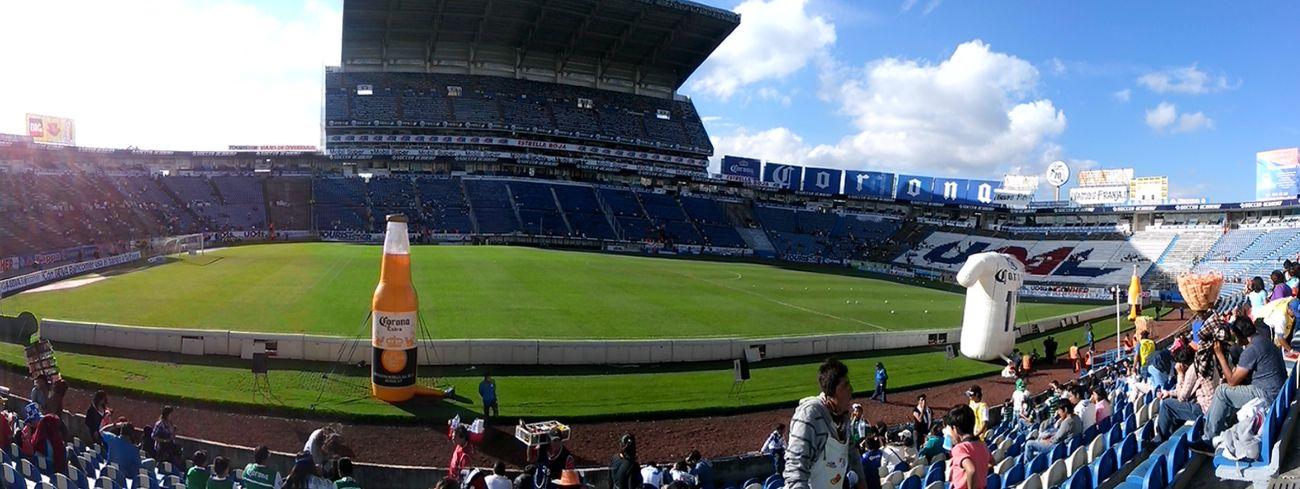 Futbol Puebla Mexico