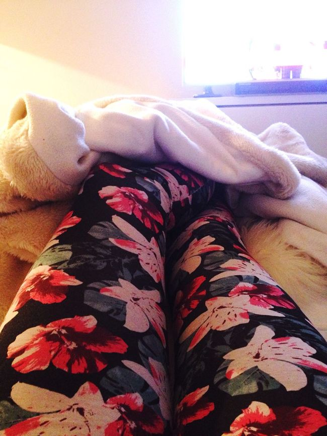 Sorry for that, but i have to post it! I just love my brandnew leggins! New Clothes Homewear Lazying I Love It