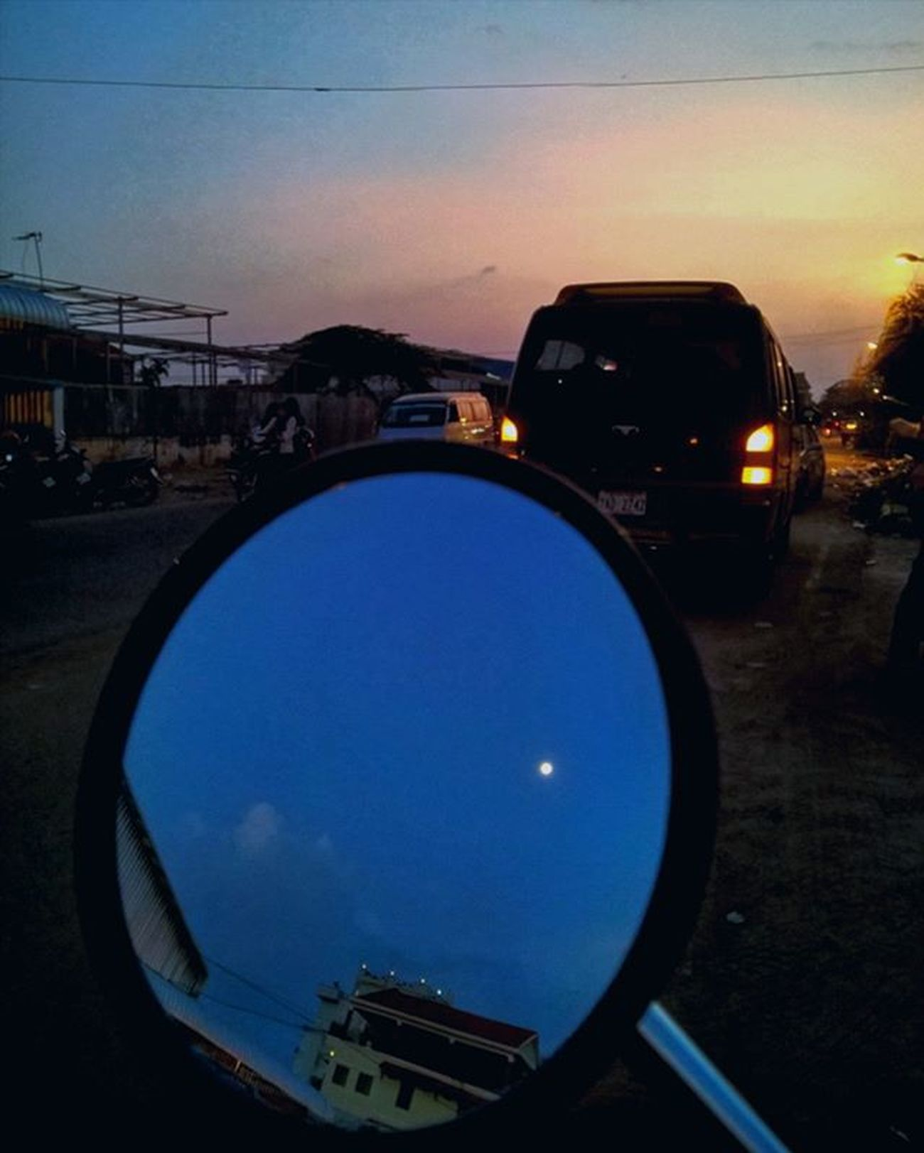 Sunset in the front and refection of the moon in the back. Lumia930 Mobilephotography WindowsPhonePhotography WeLoveLumia ShotOnMyLumia  Lumiaography Theappwhisperer Makemoments MoreLumiaLove GoodRadShot TheLumians Fhotoroom Lumia PicHitMe EyeEm Eyewm_o MenchFeature Photography Nban NbanFamily Pixelpanda Cambodia Phnompenh @fhotoroom_ @thelumians @lumiavoices @pichitme @windowsphonephotography @microsoftwindowsphone @microsoftlumiaphotography @mobile_photography @moment_lens @goodradshot @mobilephotoblog @street_hunters @lumia @pixel_panda_ @eyeem_o @photocrowd @photoadvices @nothingbutanokia @nothinbutanokia
