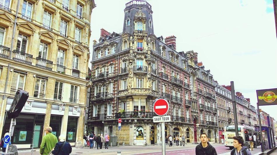 Cityscape City Life Cityview Citycenter CityWalk Buildingstyles Buildings Architecture Buildingphotography Rouen France 🇫🇷