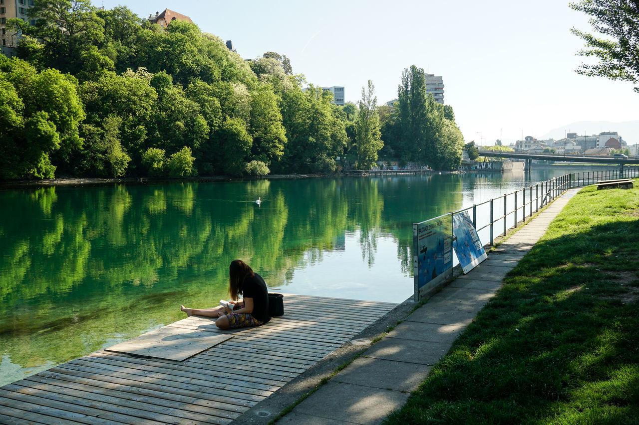 Biketrip ViaRhona May 2017 Geneva, Switzerland, Europe, European, Geneva Lake, Lake, Water, Seagulls, Birds, Mountains, Cloudy, Clouds