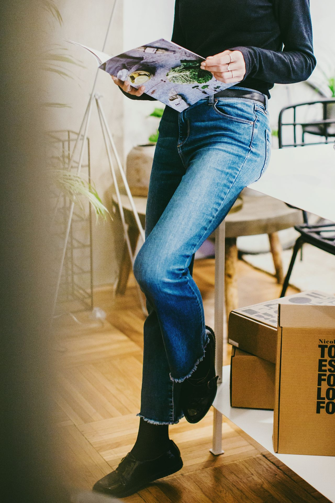 Fashion Human Leg Jeans Casual Clothing Sitting One Person Denim Fashion Indoors  People Young Women Shoe Women Human Body Part Fashion Photography Interiordesign Fashion&love&beauty Indoors  Fashionblogger City Urban Bucharest