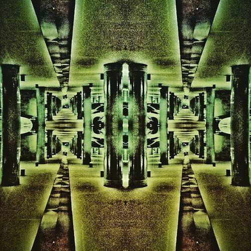 Sureal Surealism Green Borg Underground MOVIE Fiction Wohnen Picoftheday Kaleidoscope Endless Nightmare Night Monument