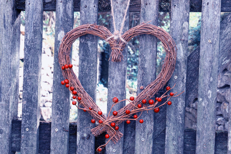 Bibury Arrangement Day Deceptively Simple Decor Decoration Decorations Decorative Fence Fences Gate Heart Heart Shape Heart ❤ Love Love ♥ Lovelovelove Outdoors Red Red Wood Wood - Material