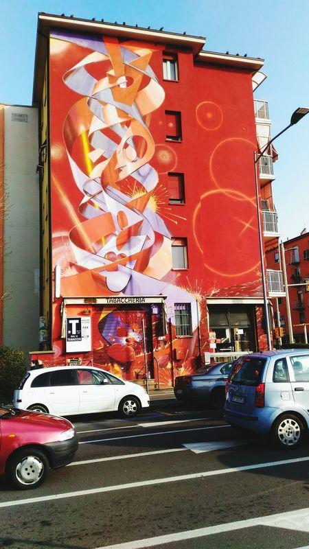 Arrestato Graffiti Decorazione Murale Arte Contemporanea Arte Di Strada Day Outdoors No People Sky