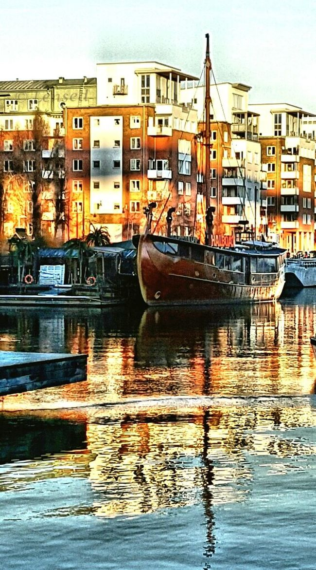One of the sunny days this winter Water Reflections Winter Water_collection Hdr_pics Hdr_gallery Hdr_Collection Sweden Stockholm Showcase: February Hdr_captures HDR Streetphotography Boatlife Boat Architecture Water Sunset Ladyphotographerofthemonth