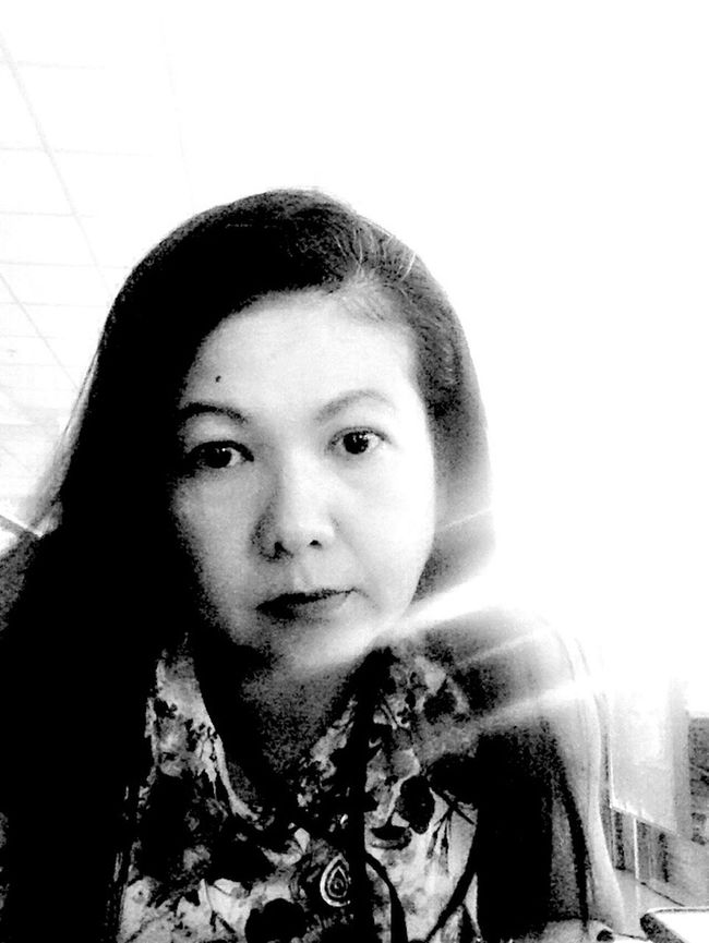 Ampai Jangbumrung 🏌 Blackandwhite Hello World Lunch Break Self Portrait Selfie ✌ Faces Of EyeEm Elegance Everywhere Sad Tired