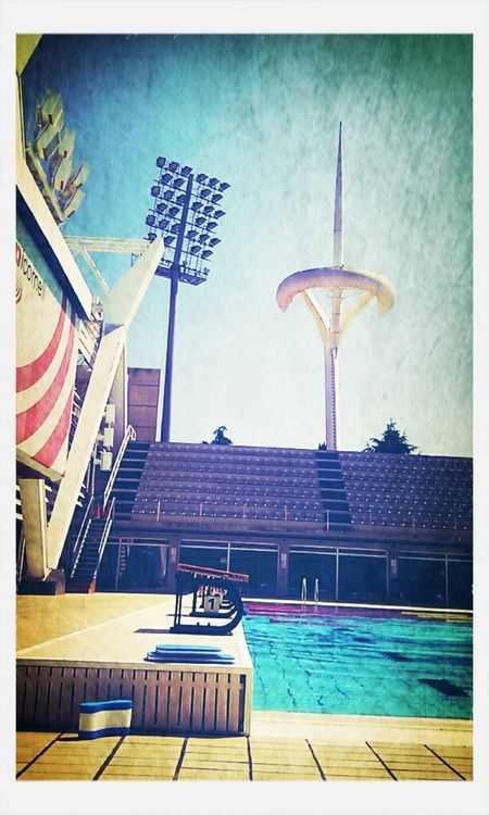 Swimming at Piscines Bernat Picornell by k_ral