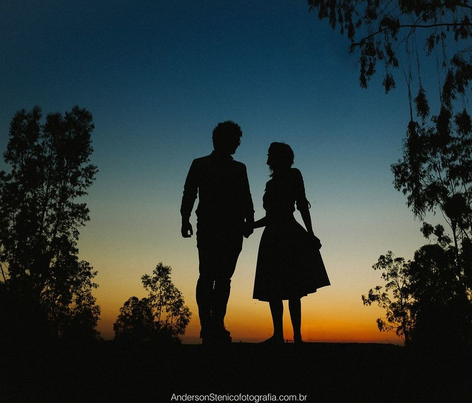 Photography Ensaio Contraluz Brasil Piracicaba Luz Y Sombra  FinalDeTarde Luz Silhueta Sunset Love Weddindairy 💍💎 Prewedding Preweddingphoto Prewedding Photo Casal