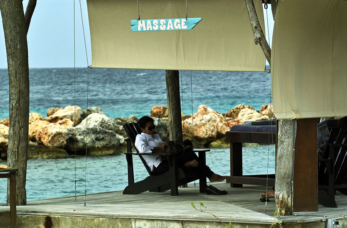 massage parlor on Sea Aquarium Beach in Curaçao Adult Adults Only Beach Beach Life Curacao Curacao_island Day Full Length Massage Massage Parlor Massage Parlor On Beach Masseuse Nature Outdoors People Real People Sea Sky Waiting For Clients Waiting For Customers Water