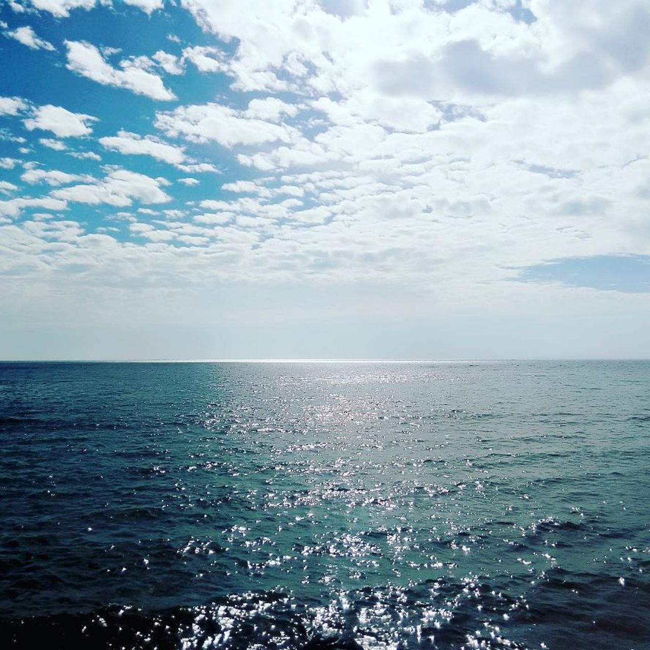 sea, horizon over water, water, sky, beauty in nature, cloud - sky, scenics, nature, tranquility, tranquil scene, no people, outdoors, rippled, day, horizon