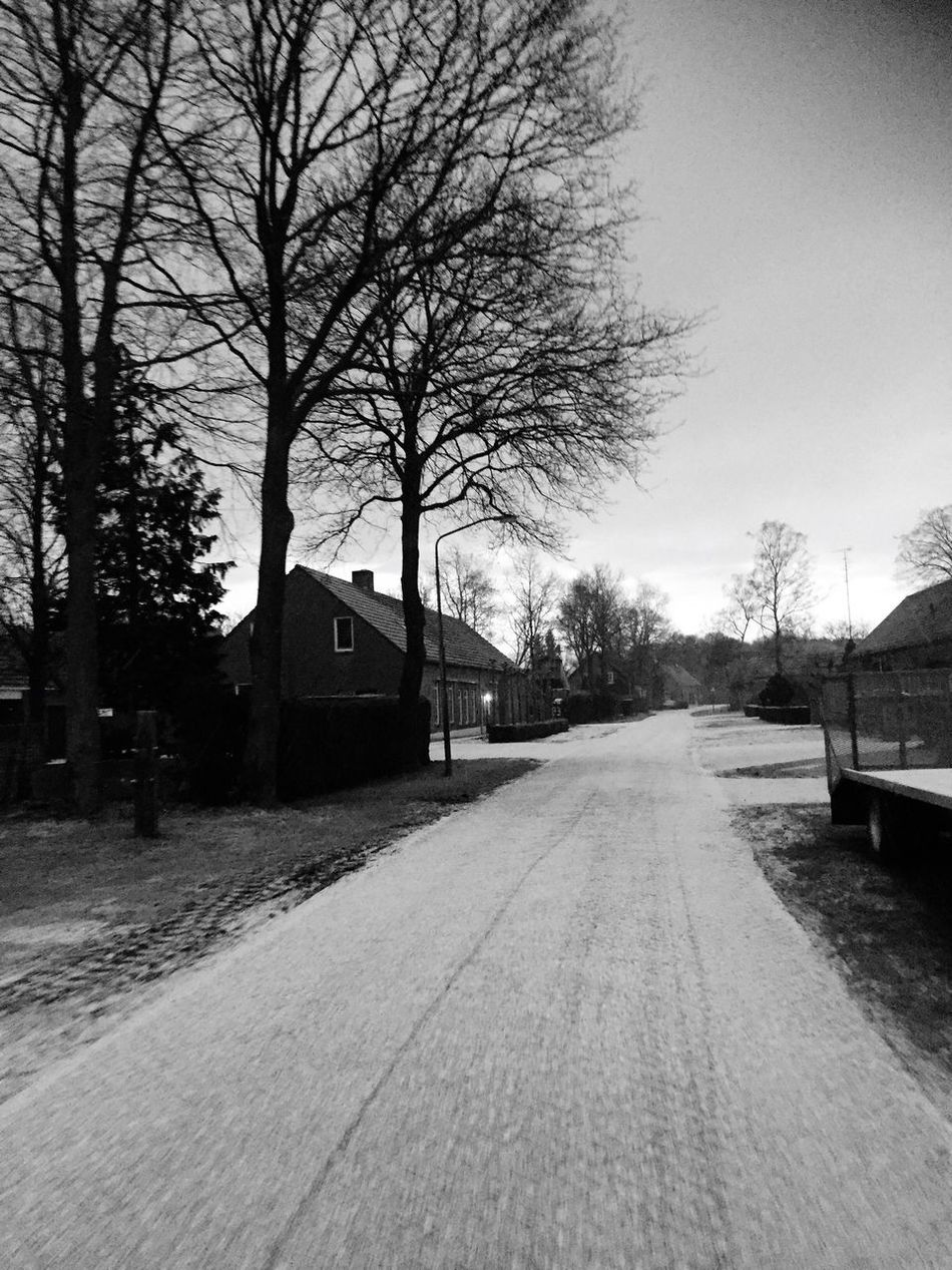 It was cold back in the days. Cold Cold Temperature Cold Winter ❄⛄ Snow Ice Ice Road Snow Road Hail Road Cold Weather Road Farm Country Road Countryside