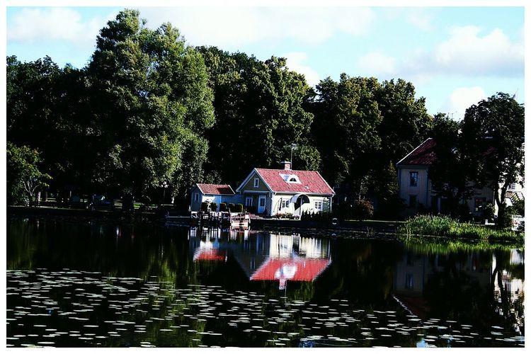 Eskilstuna-streetphotography Eskilstuna_Gatufoto Huset Vid ån Sweden The True Story