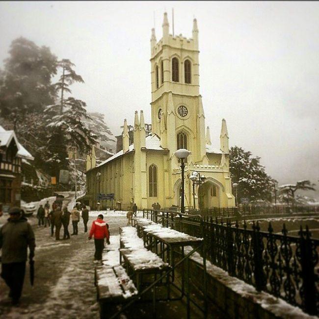 Picture credits @aashpixesgmail Beautiful Shimla Himachalpradesh Himachalpictures Snow Church Winter Foggy Weather Ourindia Discoverindia Ourplanetisbeautiful Teddaashi Lonelyplanetindia India_ig _oye Xploration_nation