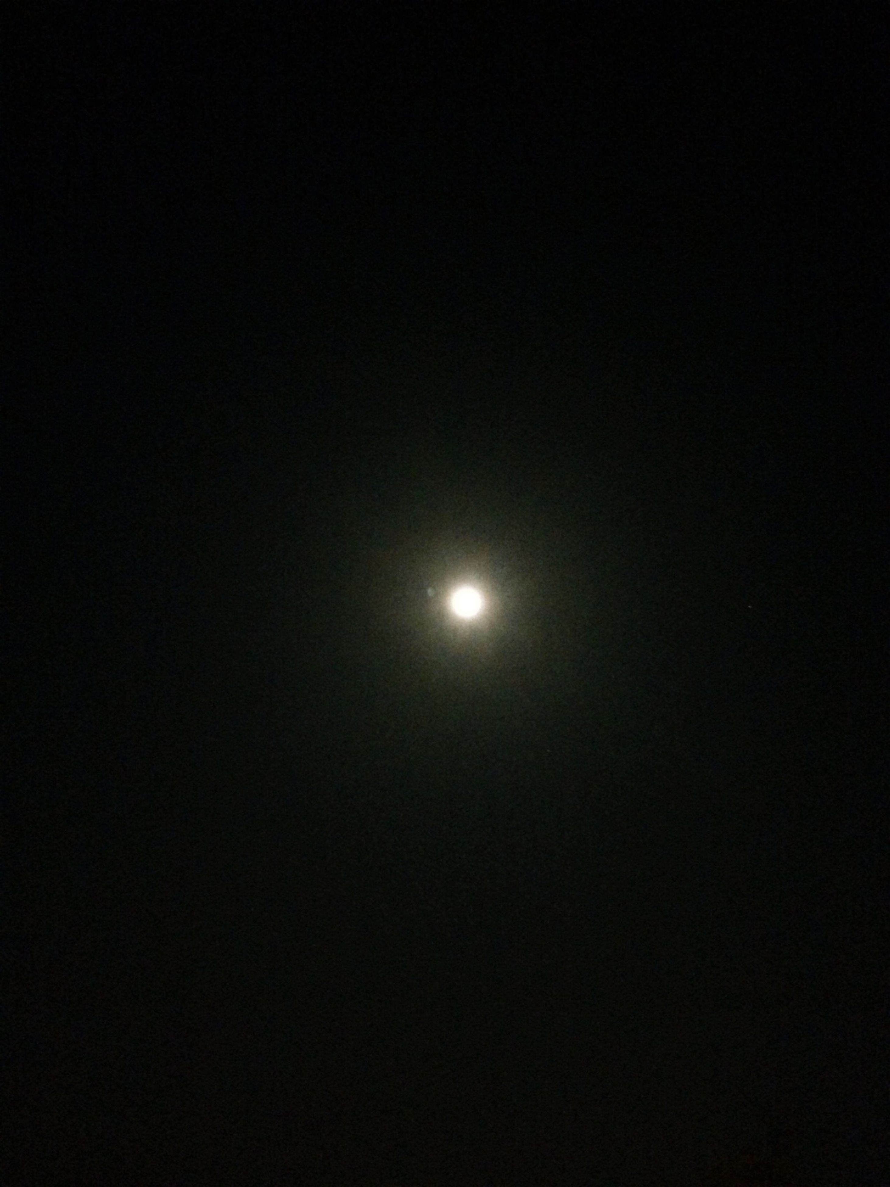 moon, night, low angle view, beauty in nature, full moon, astronomy, tranquility, copy space, scenics, tranquil scene, dark, nature, clear sky, sky, idyllic, moonlight, planetary moon, majestic, sky only, sun