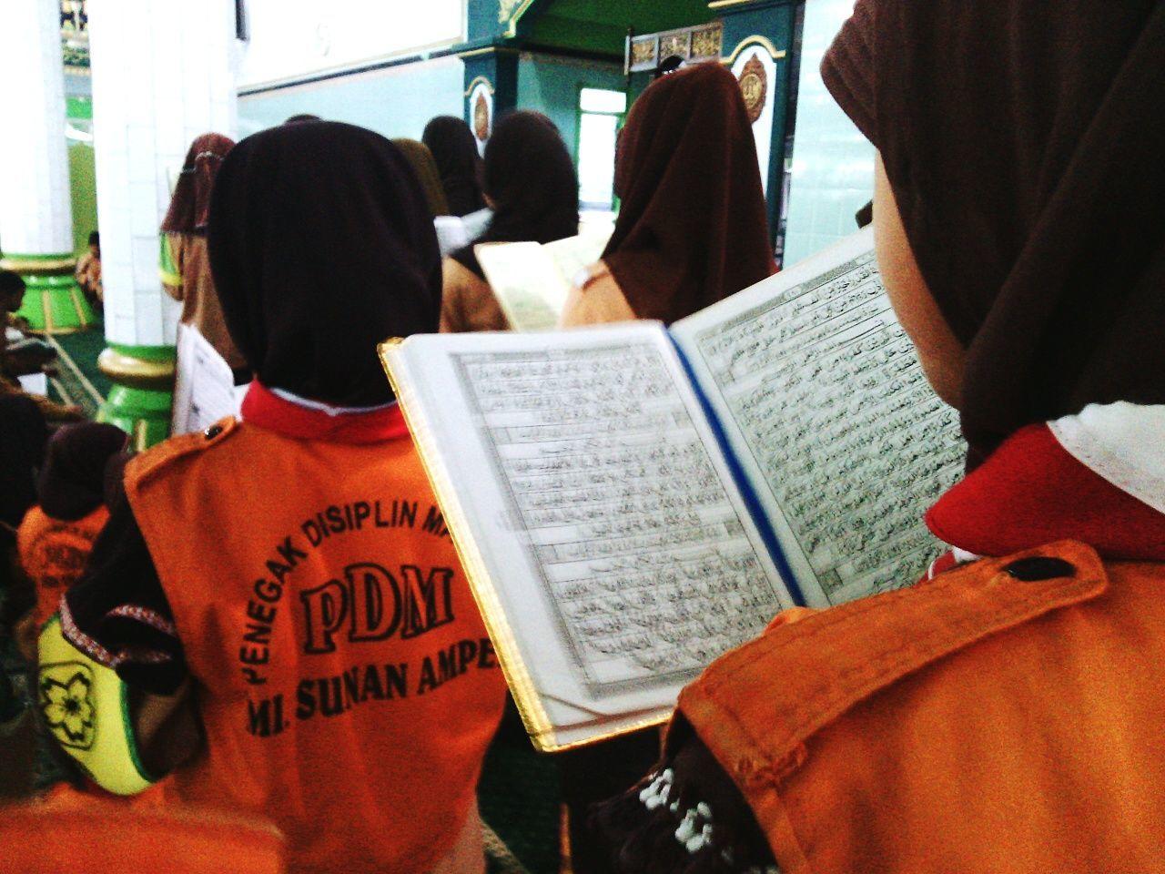My Student Life Mengaji Qiroah Belajar sekolah Madrasah Sunan Ampel Keagamaan Religius Masjid Mosque