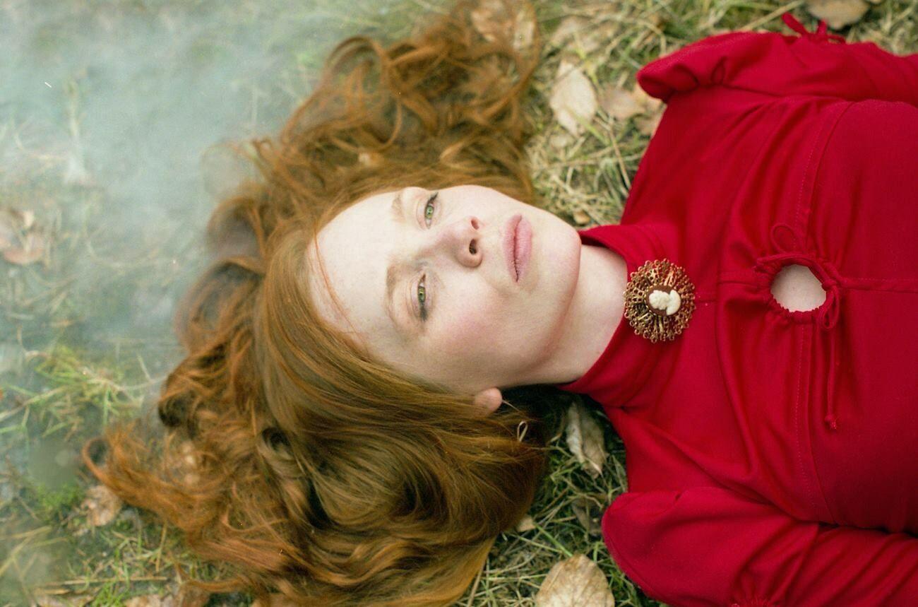 Victorian redhead Ginger redhair Model film Fuji Pro400H Buyfilmnotmegapixels Filmisnotdead Film Society portrait