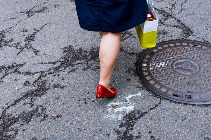 Streetphotography Human Leg Red Fujifilm_xseries UNPOSED