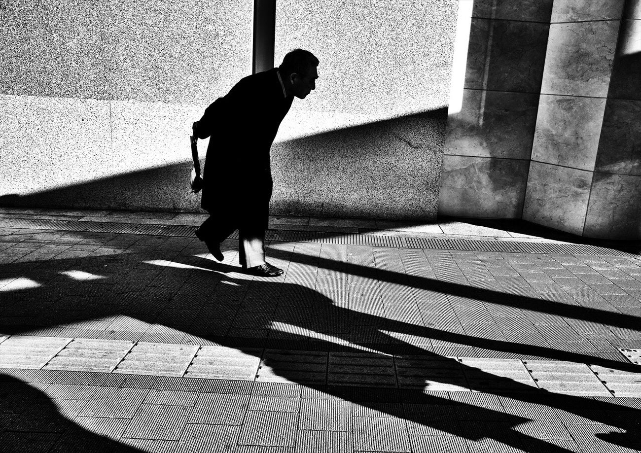 Street Creative Light And Shadow Monochrome Photography Tokyo Street Photography Streetphotographers SHINJYUKU Tokyo,Japan B&w Street Photography Streetphotographer Streetphotography_bw Tokyo Streetphoto_bw Streetphoto Shibuya Street Photography Black And White People Streetphotography The Week Of Eyeem