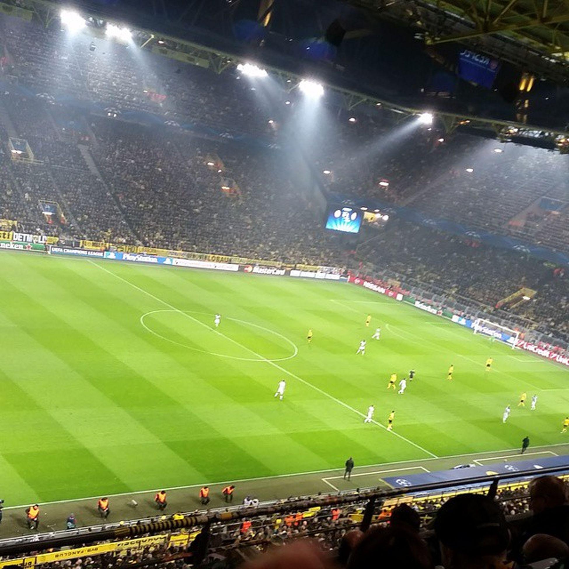 Champions Luege Dortmund Vs Juventus 0 :3Besterabend