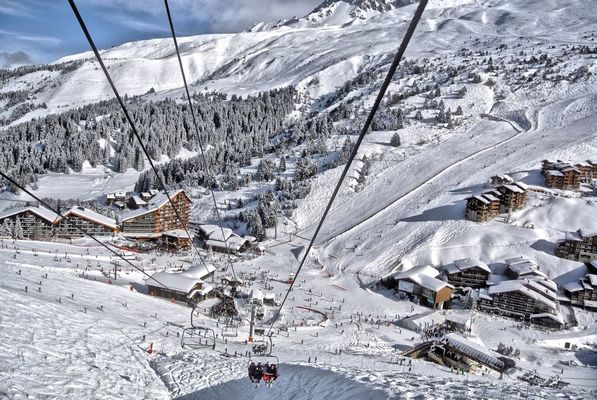 Skiing at meribel by Bruno
