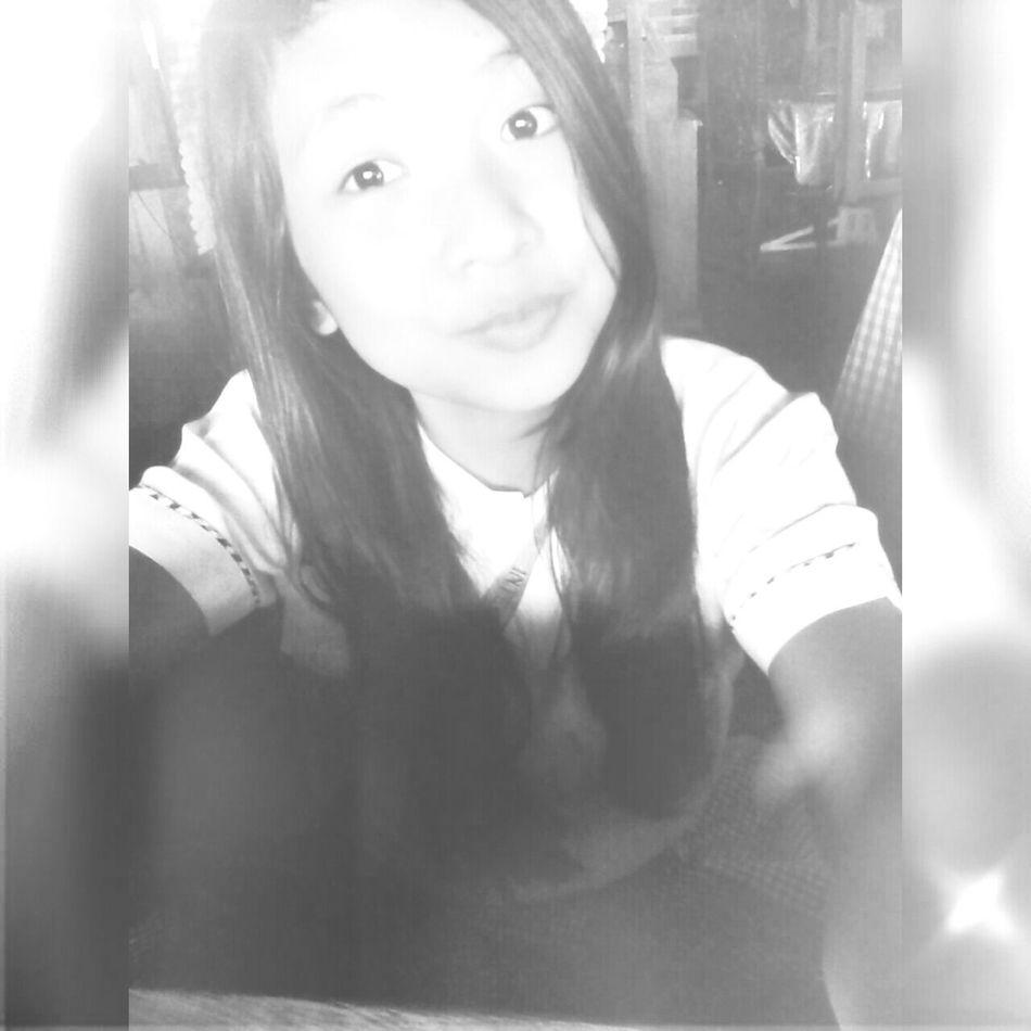 Be Mysterious. SchoolGirl✏
