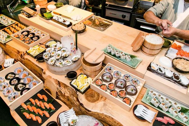 Food And Drink Sushilover Food Sushi Lover Sushi Sushi Bar Shushi Lover Retail  High Angle View Variation Market For Sale Market Stall Choice Small Business Store Collection Shop Various Shopping Street Market Merchandise Arrangement Large Group Of Objects Buying