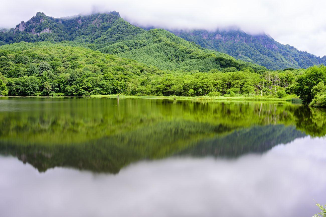 Mirror Lake, Nagano, Japan Mountain Tranquil Scene Lake Nature Countryside Calm Mountain View 鏡湖 長野県 霧 Mirror Lake