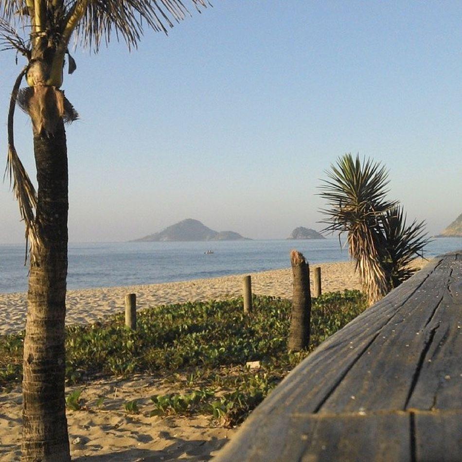 Bora correr? Naareia Riodejaneiro Rio24h Beach sunnyday bom dia