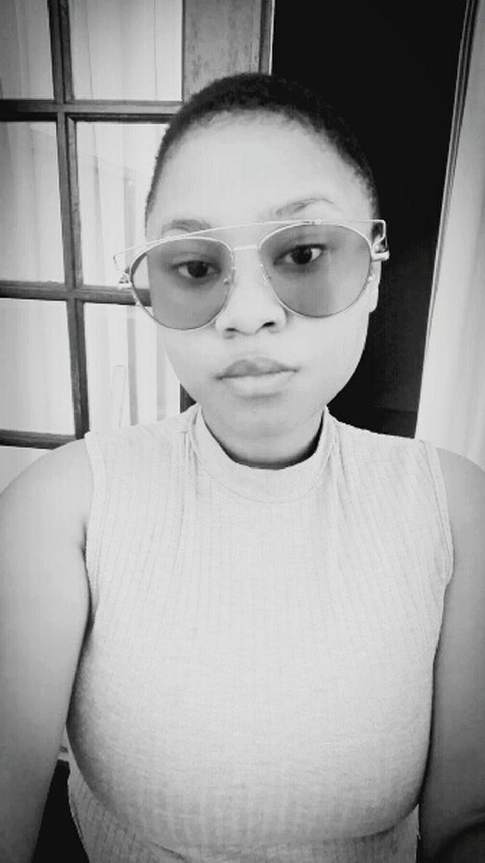 Looking At Camera Sunglasses ✌👌 First Eyeem Photo