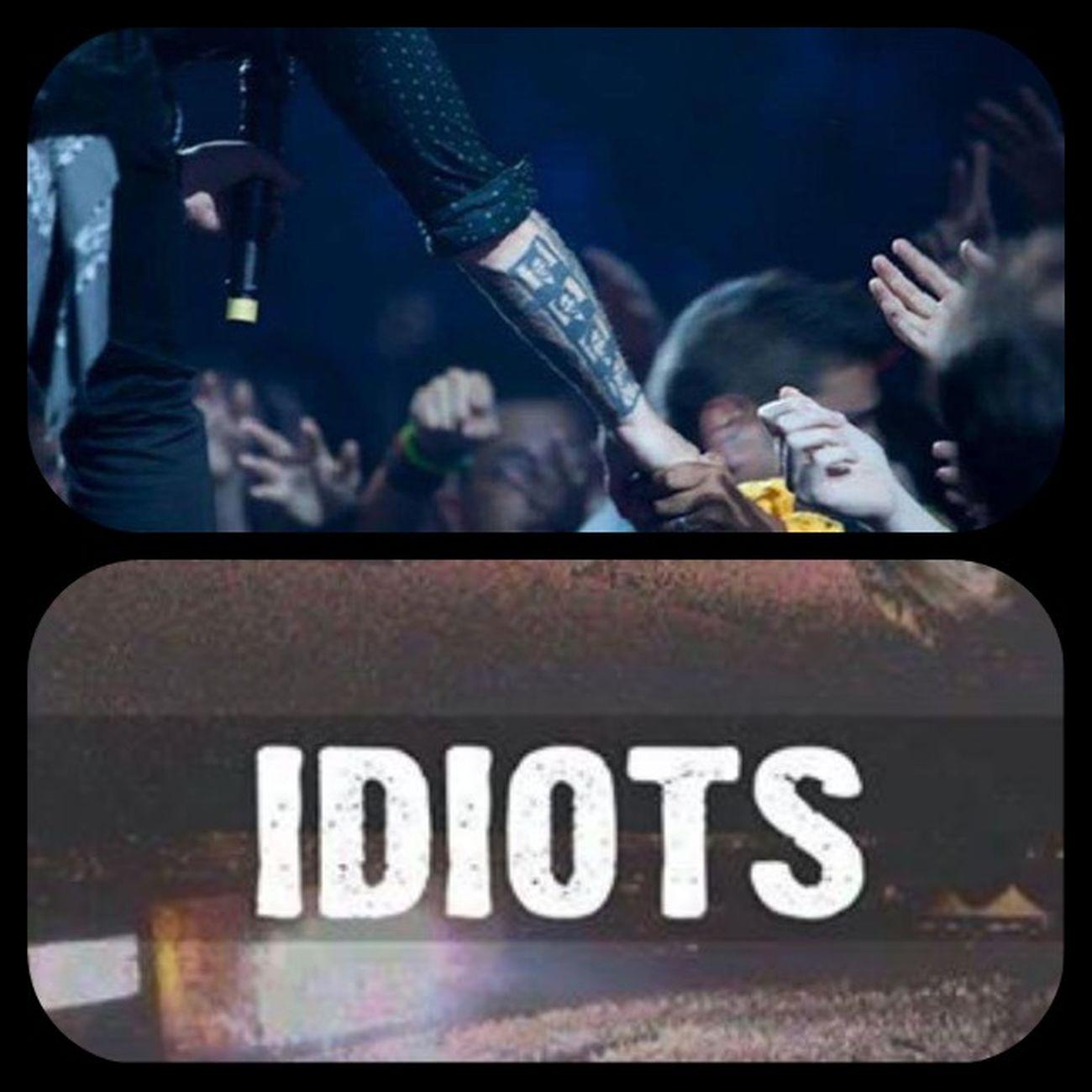 Greenday Idiots Billiejoearmstrong Billie billiejoe bja bjarmstrong music fans concert gd tattoo tattoos people