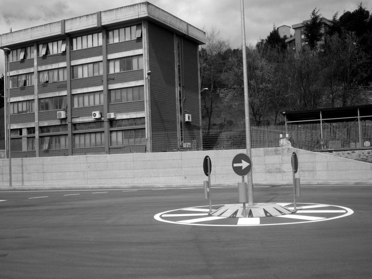 #basilicata #Black&White #blackandwhite #fotobiancoenero #fotobianconero #gallitello #lucania #OldPicture #potenza #potenzainferiore #urban #urbanphotography