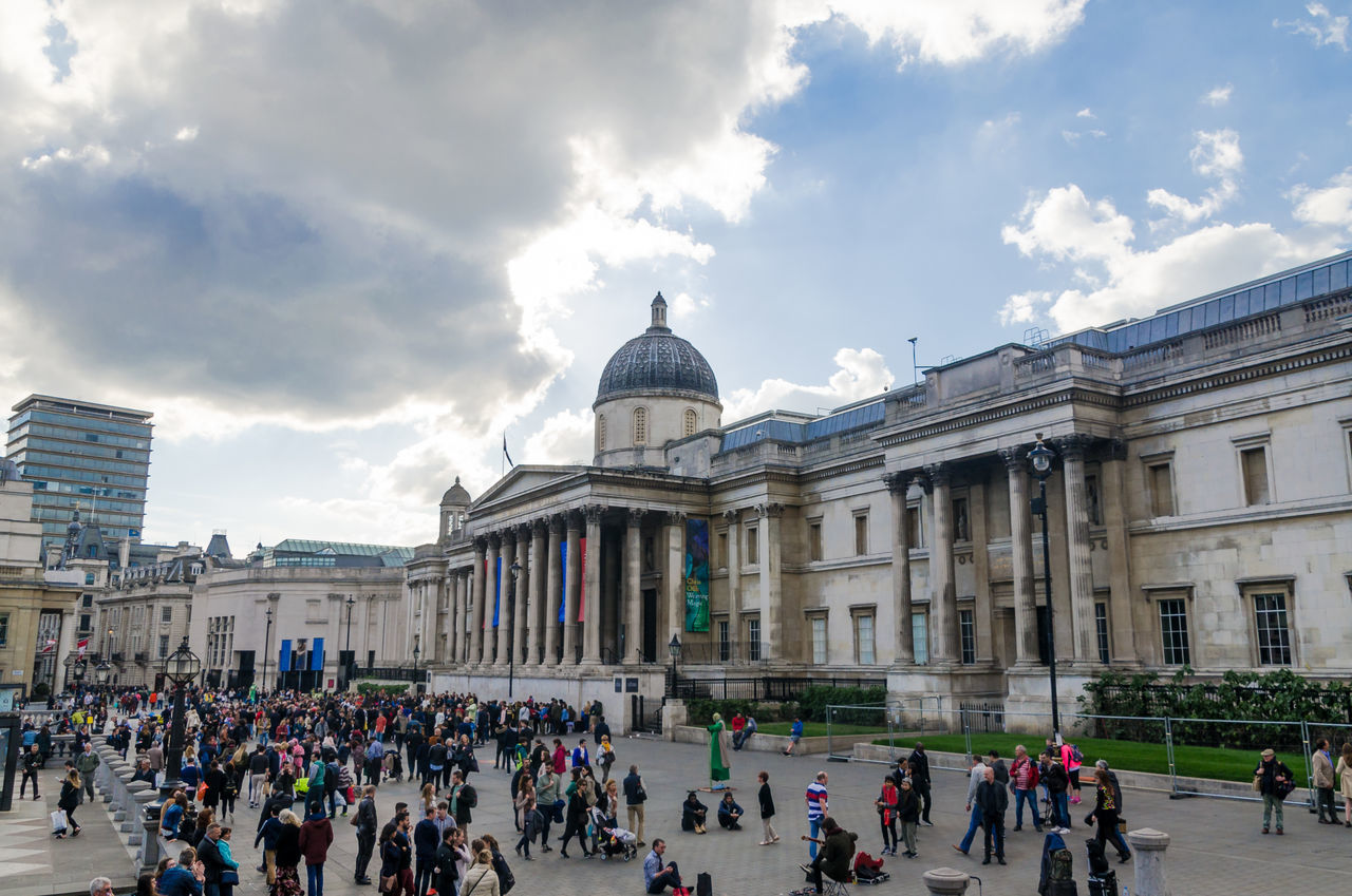 EyeEm LOST IN London London London Art Academy Tourist Attraction  Places To See In U Trafalgar Square Uk