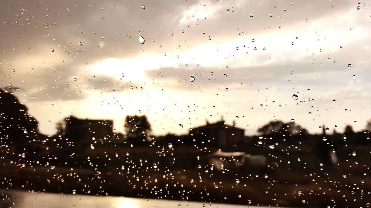 Rainy Days Rainbow Colors Rainbow Sky Photograph Goodlife Photography Everything Will Be Ok Eyem Best Shots Nature_collection Eyem Türkiye Evrything Everything_imaginable Lıfemylife Eyemphotography Eyem Gallery Just Imagine Eyeemphotography ılikelife