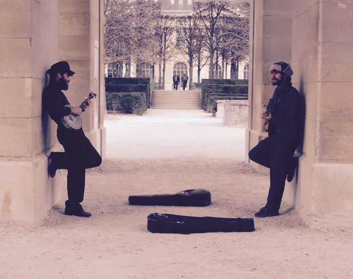 Picturing Individuality Paris, France  Streetphotography Music Live Music Duo Alternative