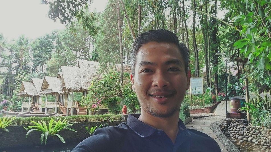 Selfie ✌ Employee Gathering Samarang Garut Westjavaindonesia Sampireun Resort Cottage Life