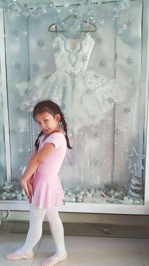 Taking Photos Hi! Kidsphotography Ballet Time