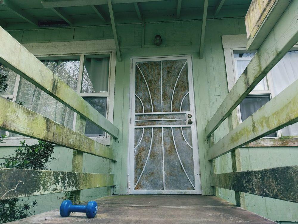 Door Doors Doorway Doorporn Dirty Dirty Mirror Dirty Doors Doorways Weight Weights Weightlifting Weight Lifting