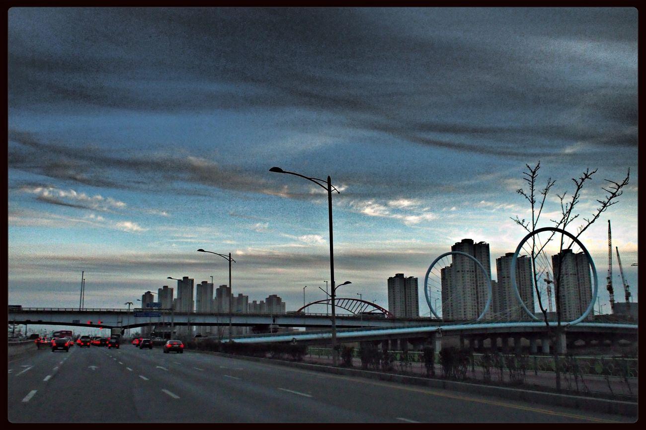 Gotham City??? ^^ Gotham City Way To Seoul On The Road Taking Photos