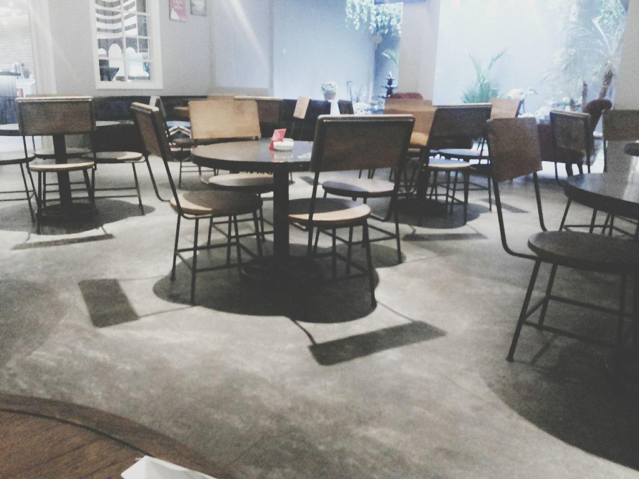 kursi lucuk! :3 Throwback Cafe Melikey INDONESIA