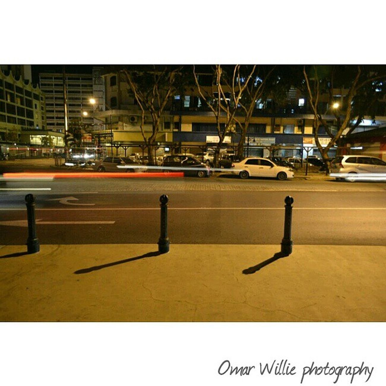 Trying my very first slowshutter.... Photoshoot Street Street_shots Bestevermoment breezzemag ilovesabah ig_selection igers_malaysia slowshutter night landbelowthewind
