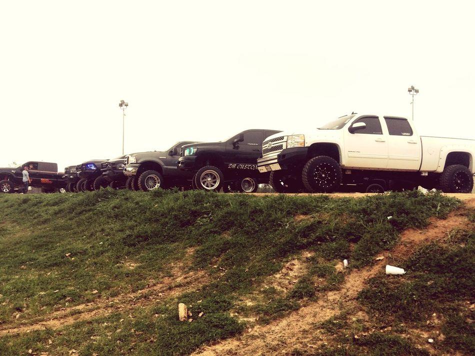 Lst LonestarThrowdown Lonestar ConroeTX Liftedtrucks Chevy Dodge Ford