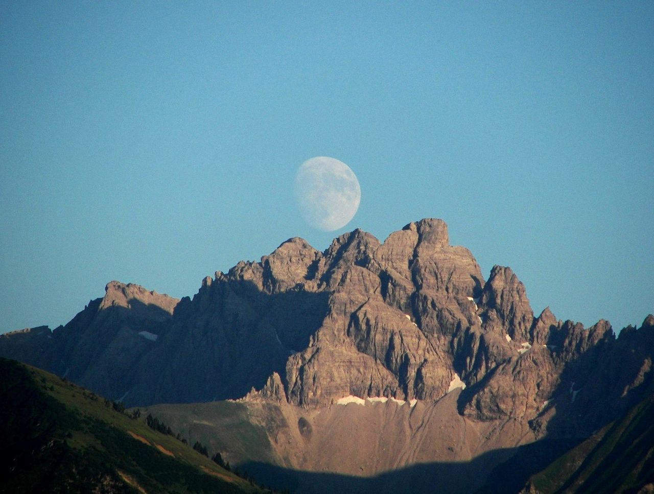 Beautiful stock photos of mond, Above, Beauty In Nature, Blue, Day
