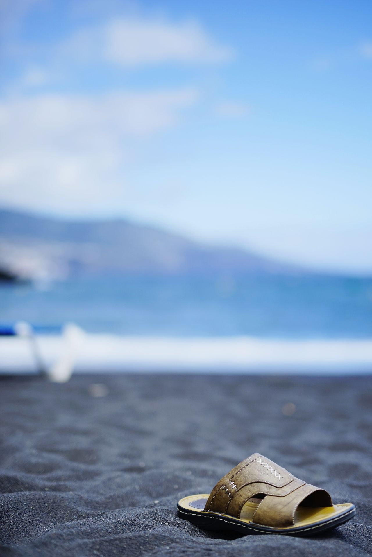 Beach Sea No People Outdoors Nature Water Day Sand Tranquility Mountain Beauty In Nature Close-up Sky sandal La Palma, Canarias