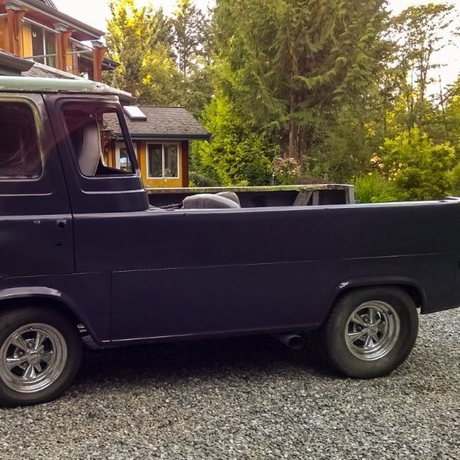 600 grit wet sanded and took the windows out today. Sprayed more primer and will need more sanding...good times. Vannin Econoline RatRod Boogievan primer van ford